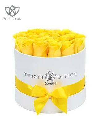 Piccolo - small white hat box - yellow roses