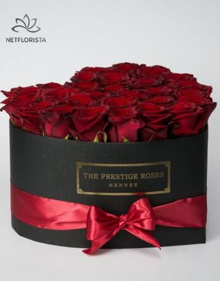 The Prestige Roses Szív Box
