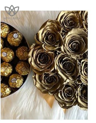 Forever Piccolo - small black round box - gold infinity roses