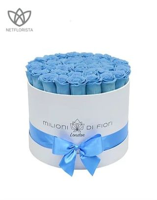 Forever Medio - medium white round box - light blue infinity roses