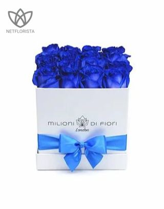 Quadrata - small white square box - blue roses